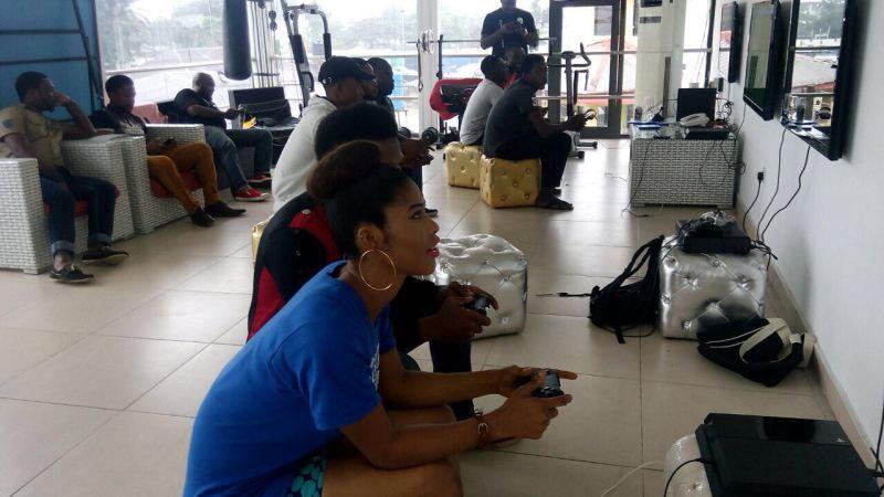 Gamer Girls doing their thing